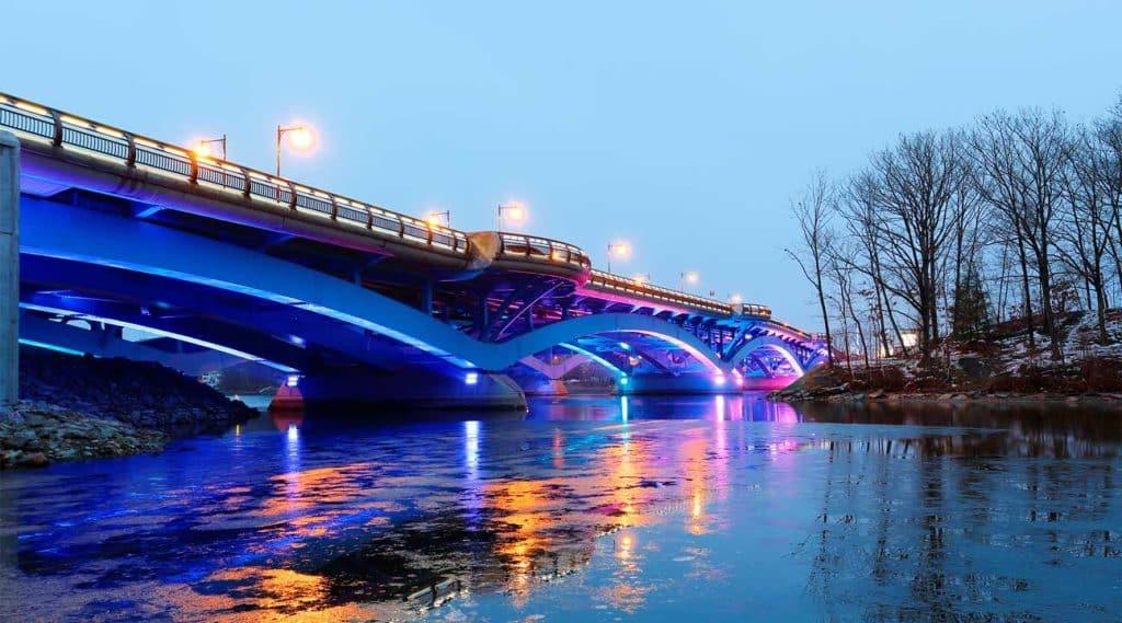 bridge connecting Shrewsbury, Massachusetts