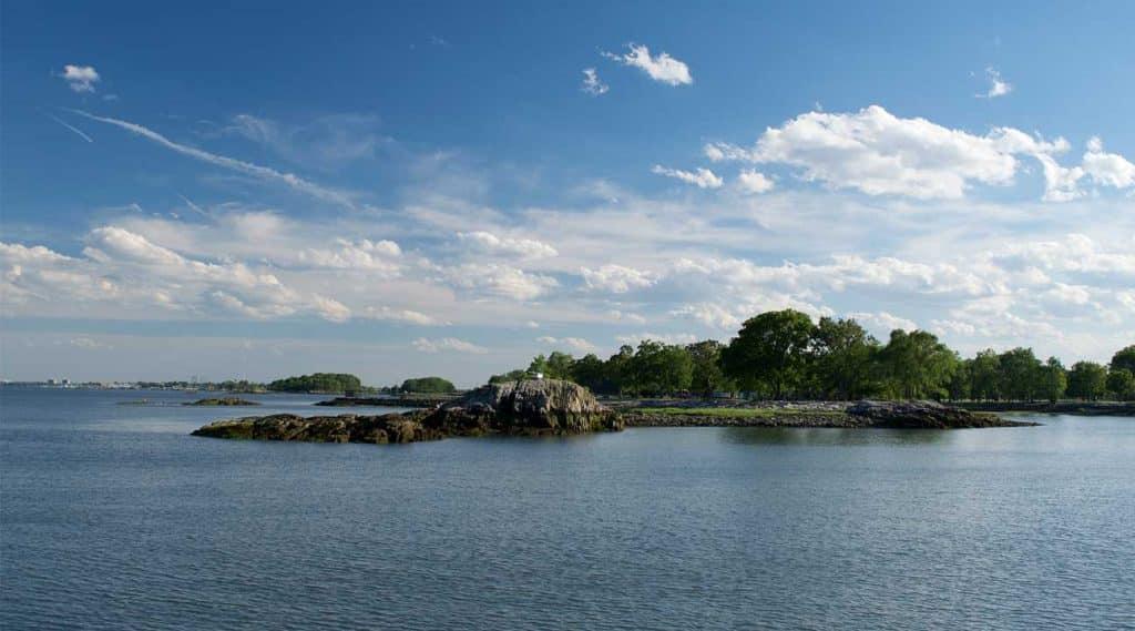 coast of New Rochelle New York