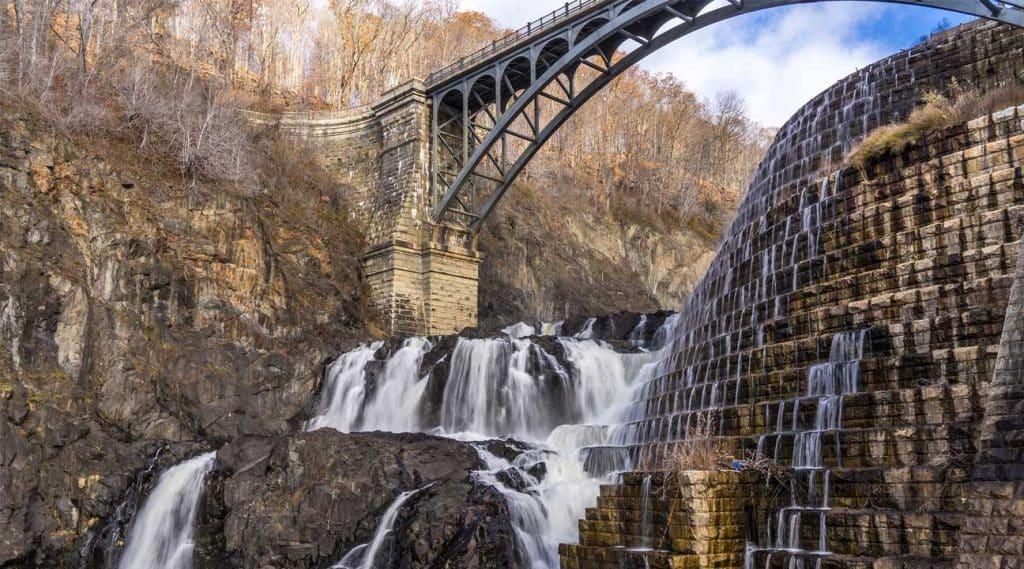 waterfall dam bridge near Cortlandt, New York