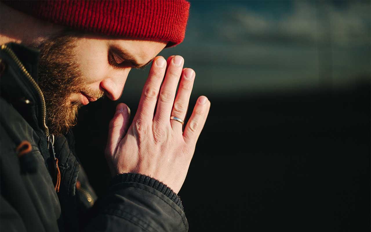 A Faith-Based Approach To Drug Rehab | Pros & Cons