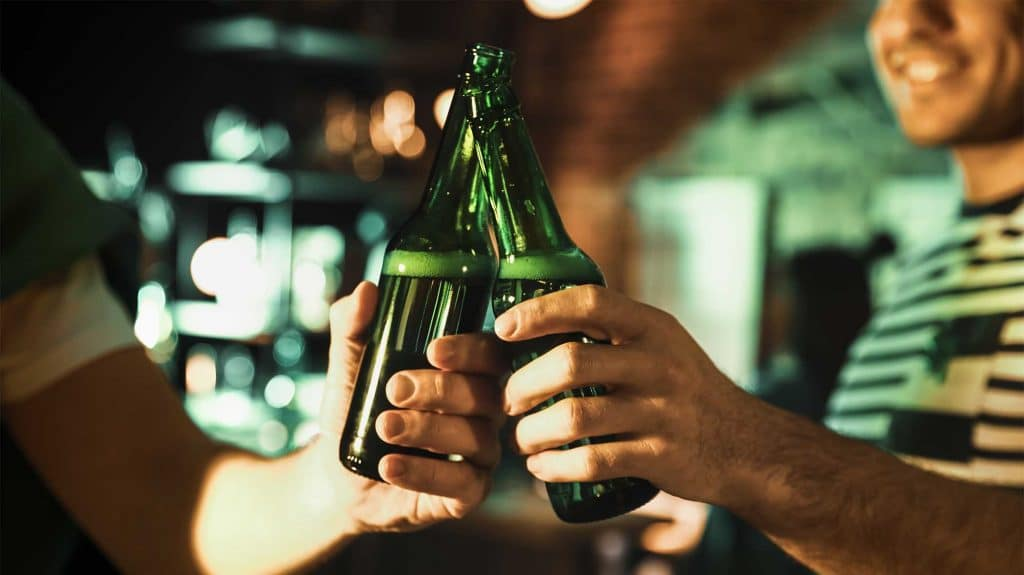 Weekend Alcoholic   10 Signs Your Weekend Drinking Is Problematic